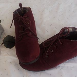 burgundy forever 21 size 7 short a ankle boots